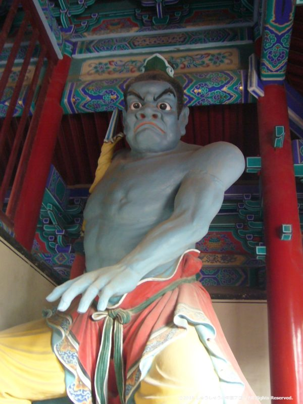少林寺天皇殿の金剛像その1