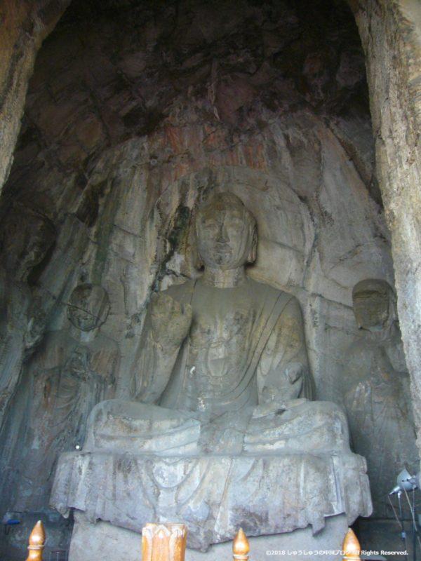 洛陽龍門石窟の潜渓寺