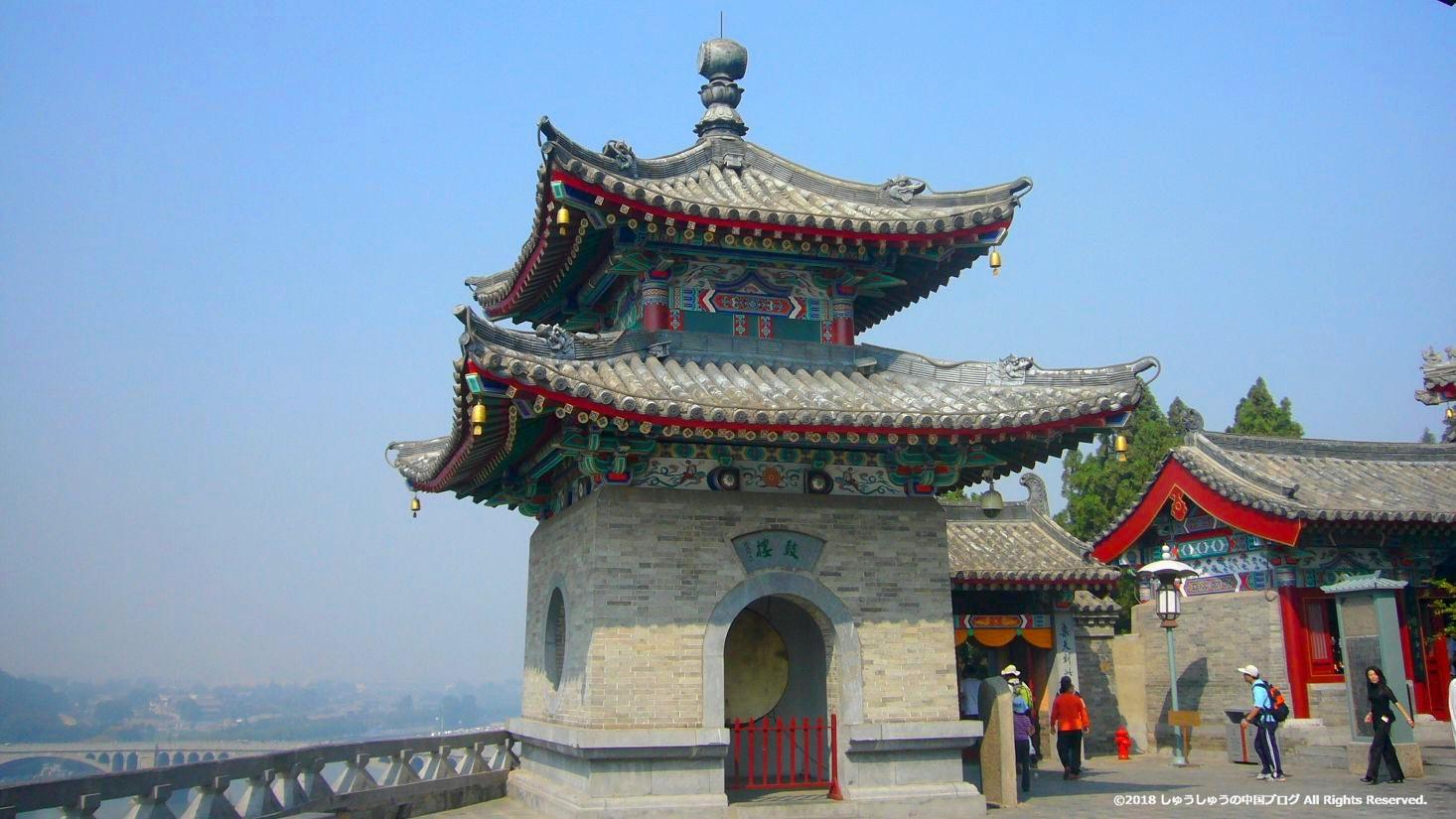 洛陽龍門石窟の香山寺
