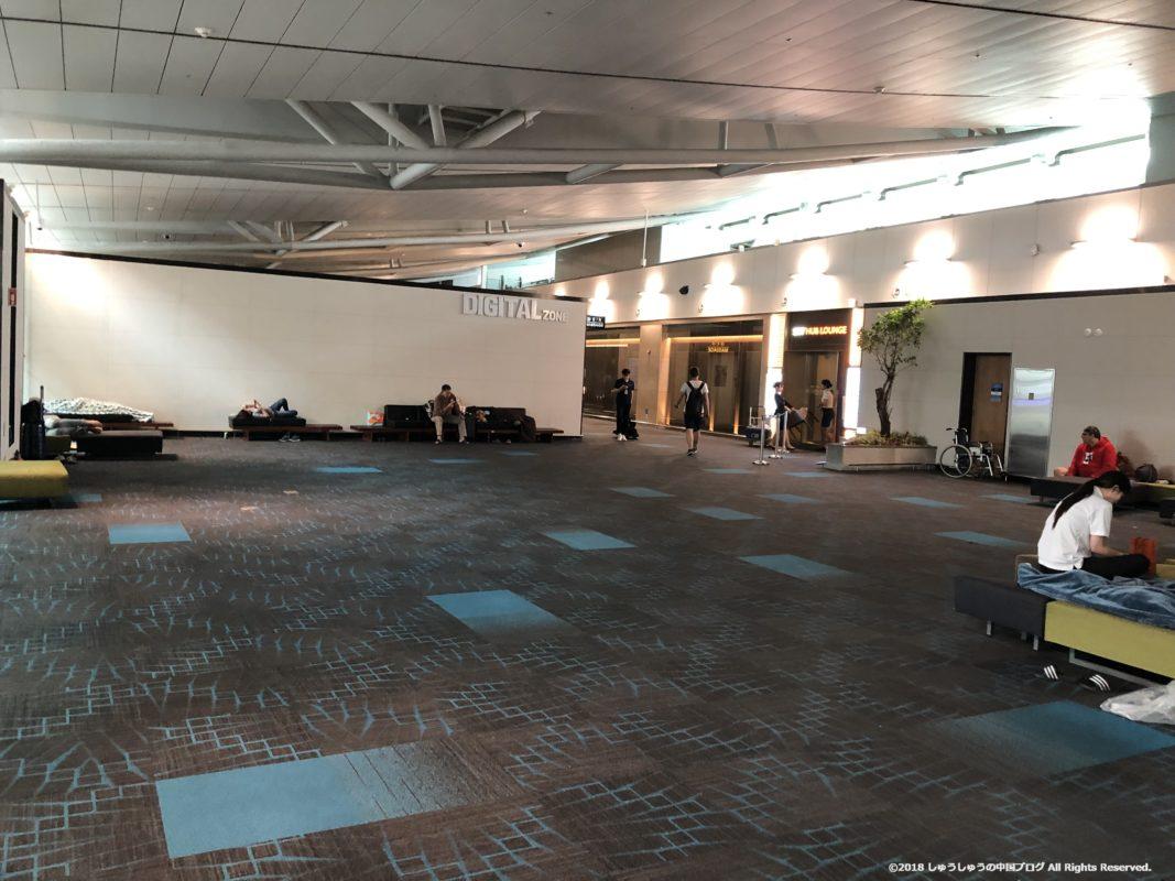 ソウル仁川国際空港の4Fのソファー