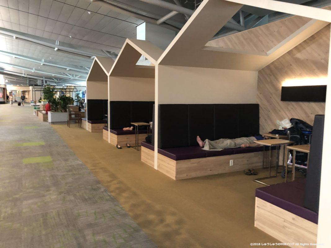 ソウル仁川国際空港第1ターミナルのREST AREAの奥のスペース