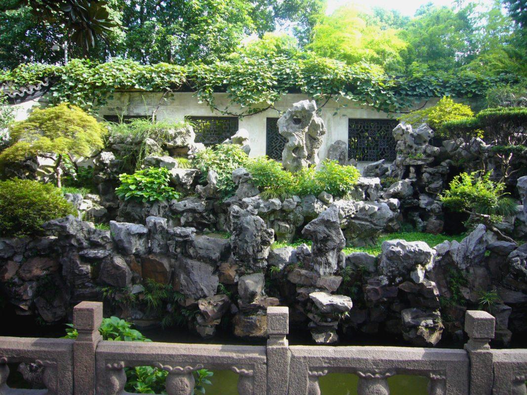 上海豫園の庭園の石