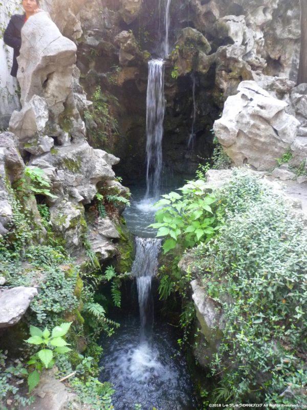 蘇州の獅子林の滝