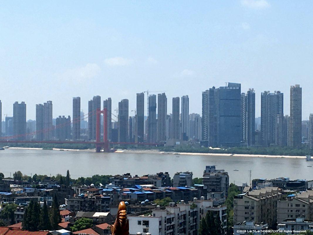 黄鶴閣から見る長江