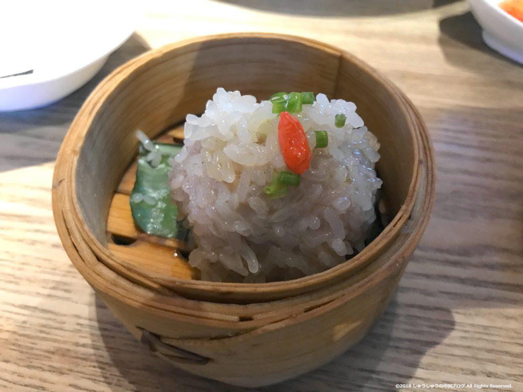 武漢の湖北料理店のおこわ