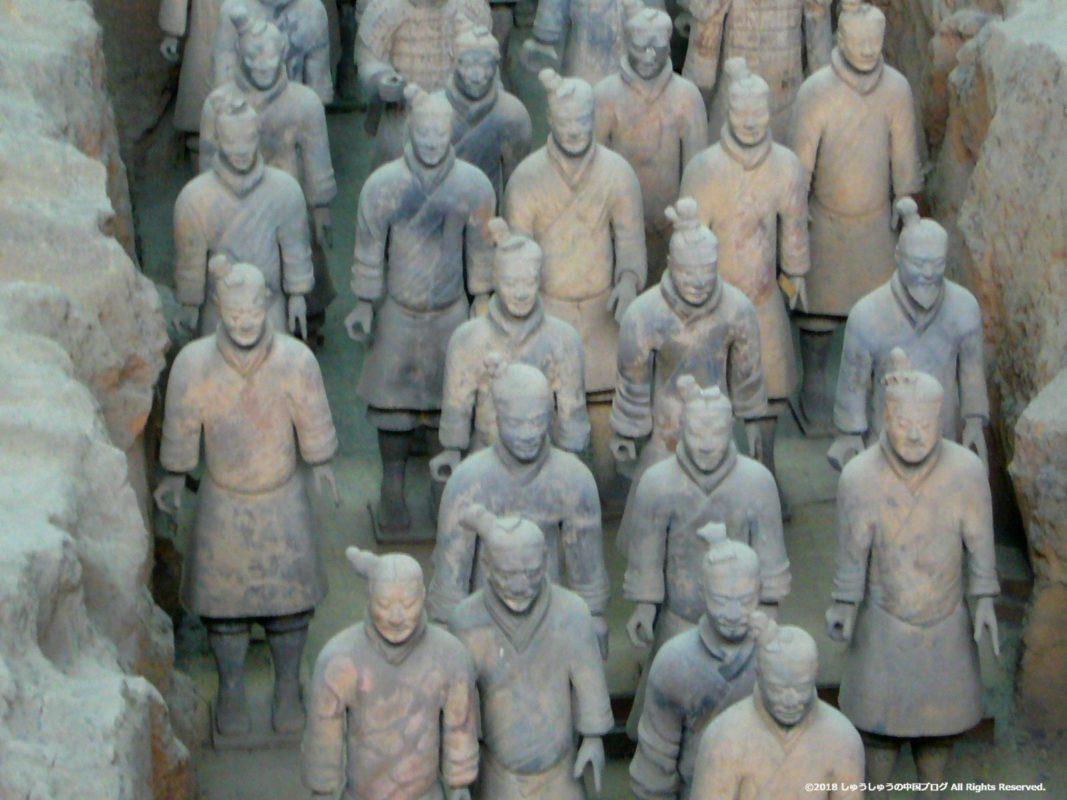 秦始皇兵馬俑博物館1号坑の兵馬俑のアップ