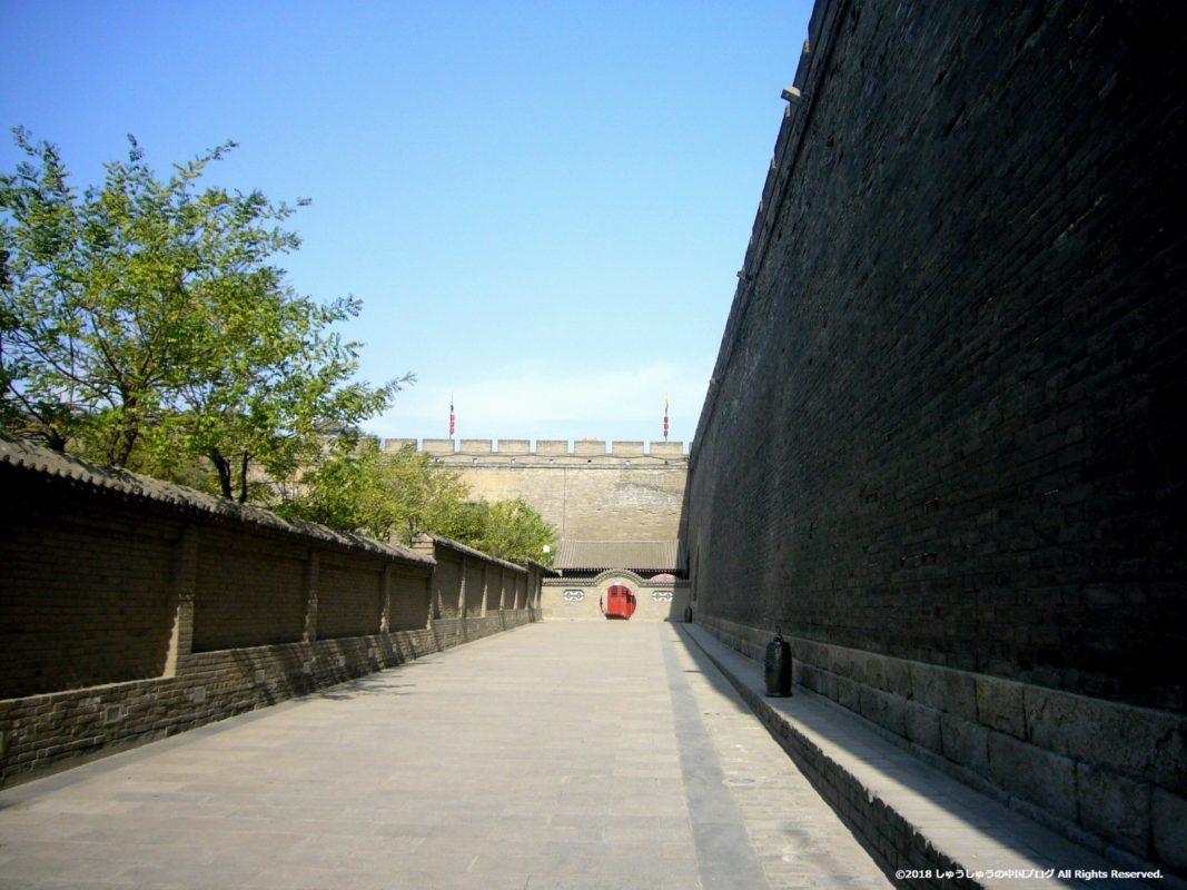 西安城壁内側からの壁