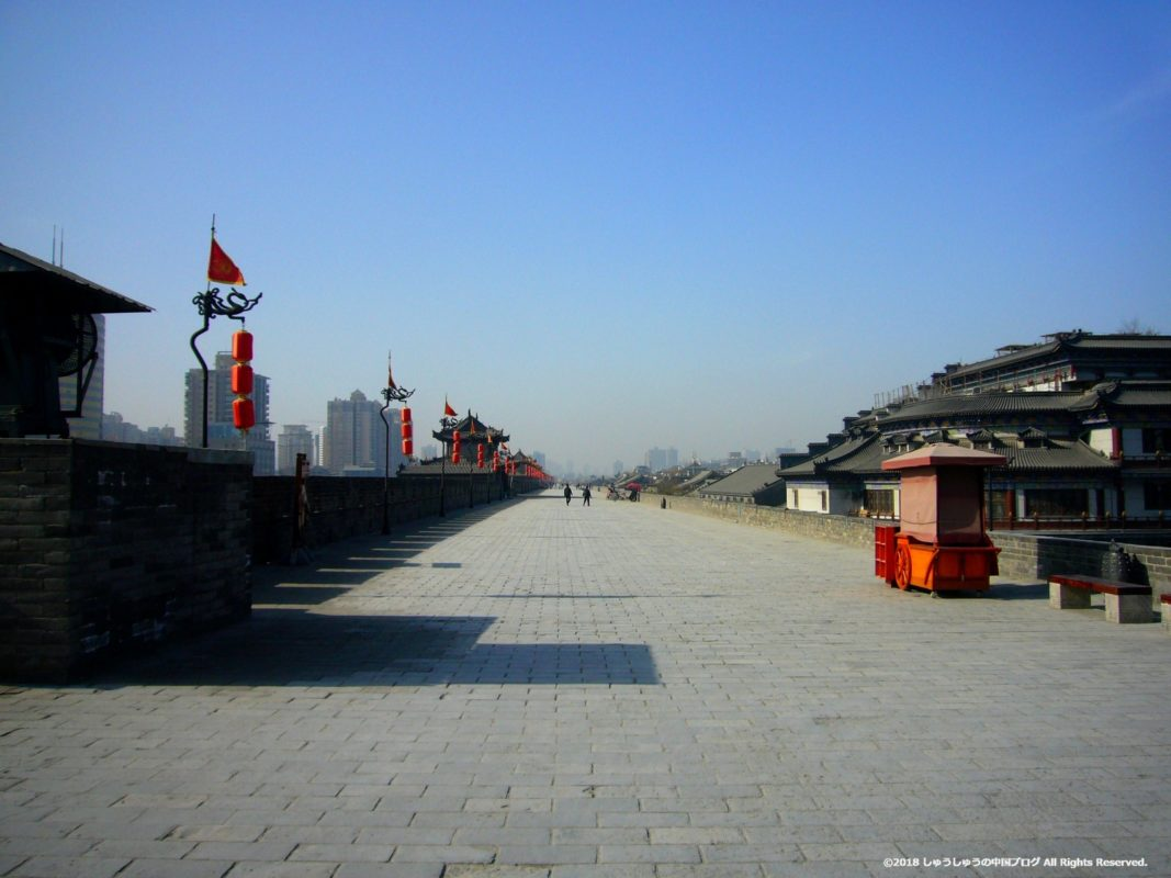 西安城壁永寧門の上の通路