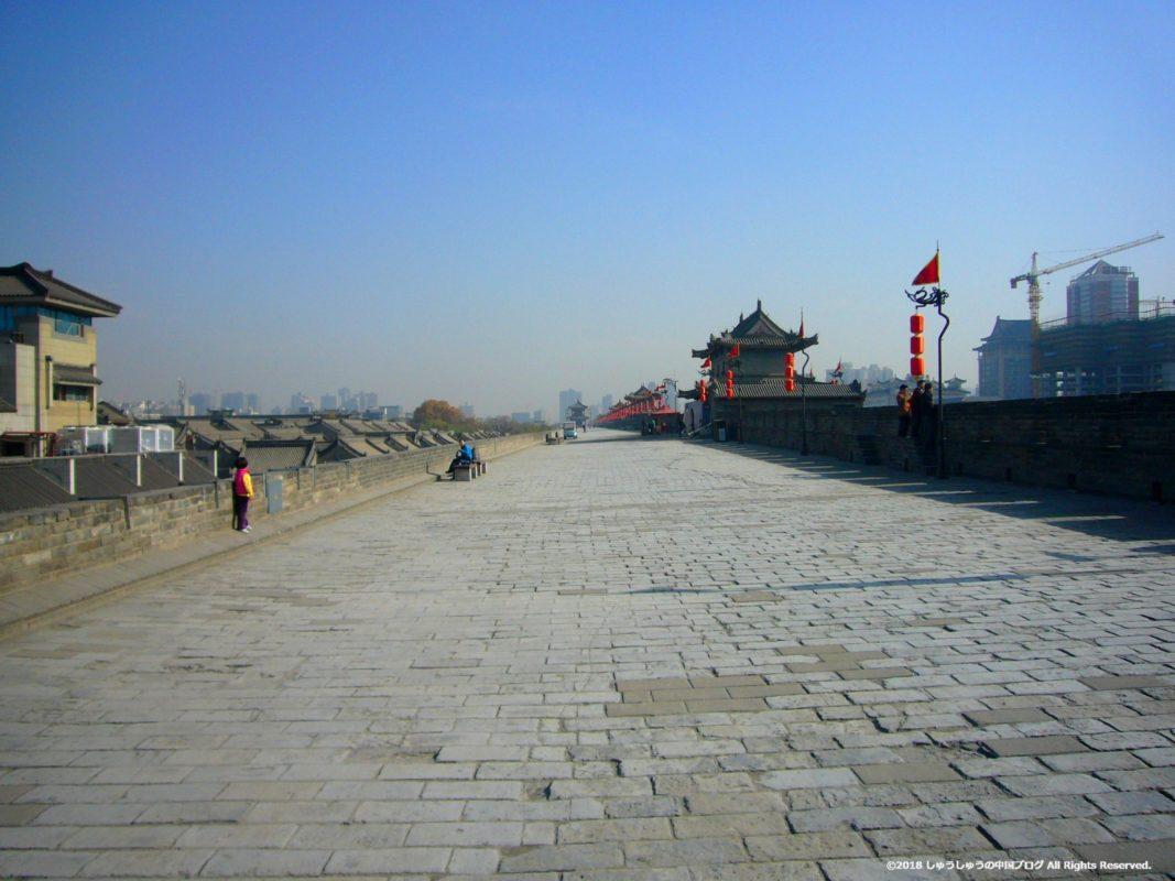 西安城壁の上部