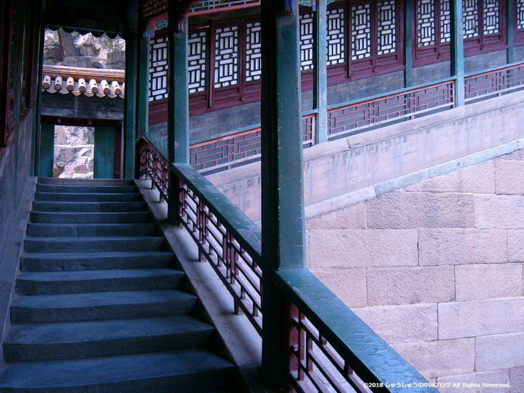 佛香閣を上る階段