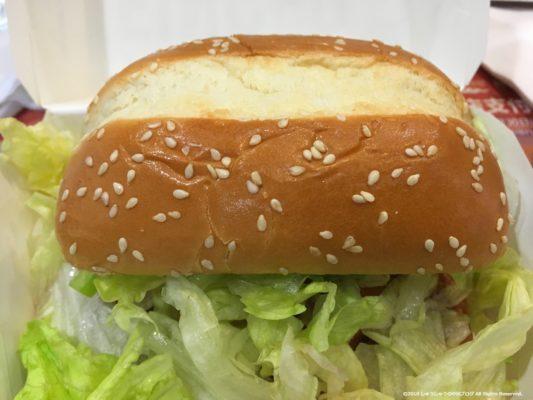 中国のケンタッキーのハンバーガー